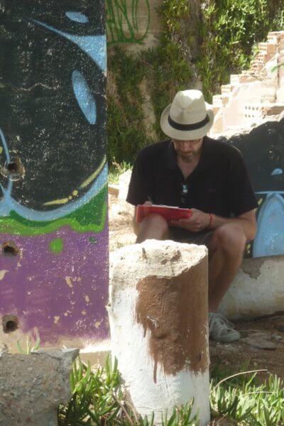 Chania-schreiben in Ruinen